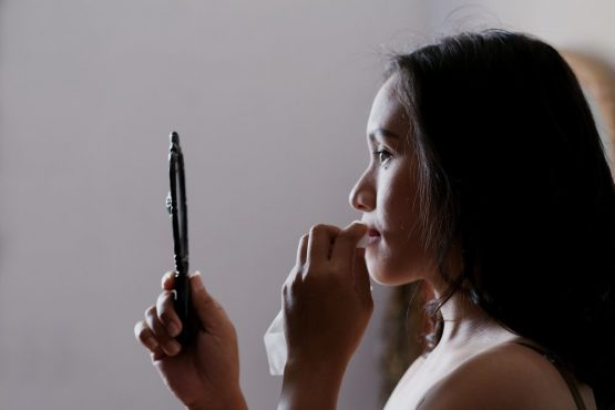 Who do you see when you look in the mirror? How to get closer to the real you