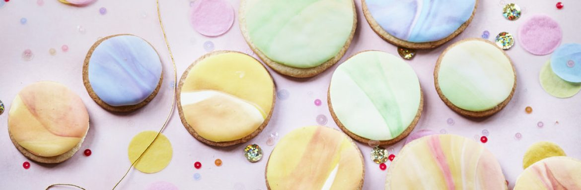 How to bake gorgeous chakra cookies in seven colors