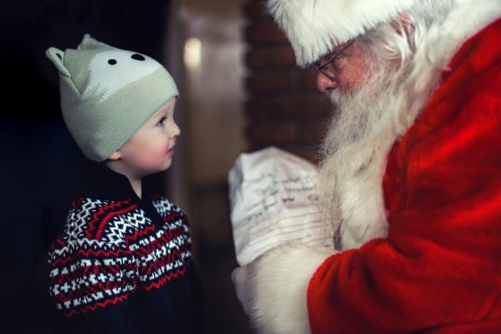 It's the most wonderful time of the year – this is how you help your kid handle the excitement